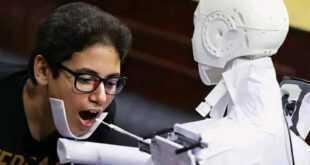 ابتكار روبوت يأخذ مسحات لفايروس كورونا في مصر
