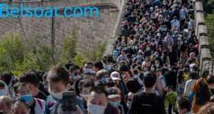 سور الصين العظيم يشهد ازدحاماً رغم وباء كورونا